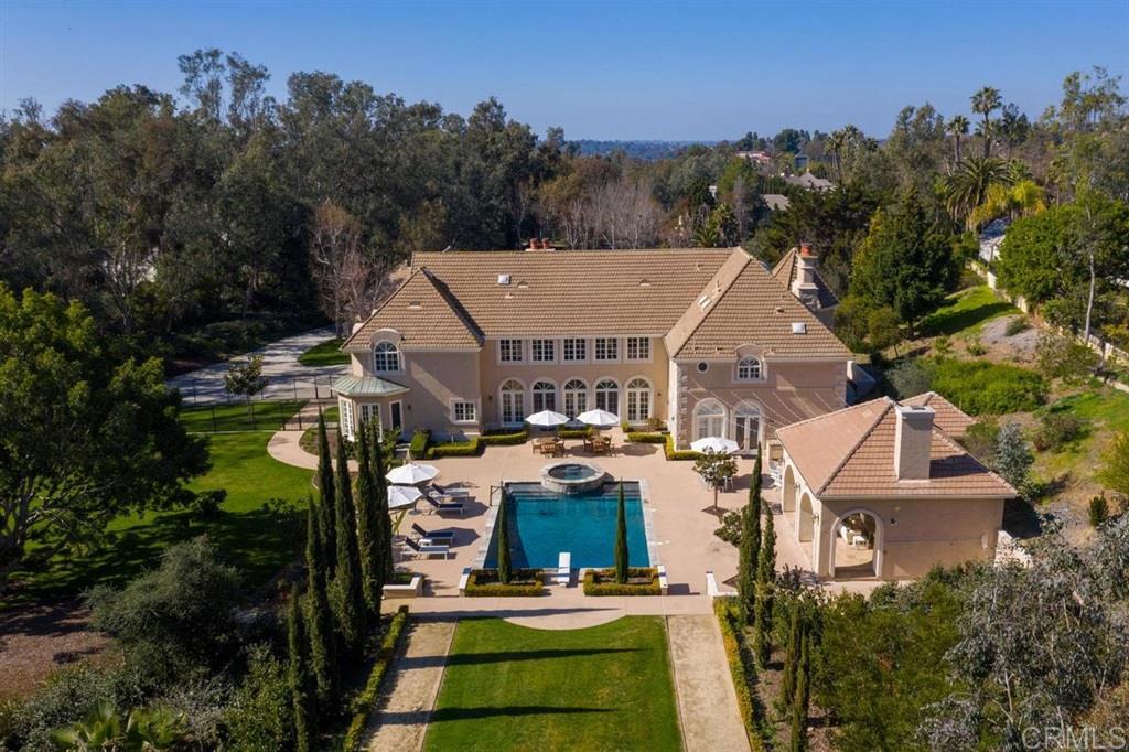 17574 Calle Mayor Rancho Santa Fe, CA 92067