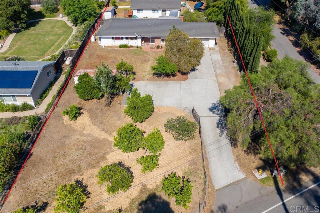 2676 Foothill Dr, Vista, CA 92084