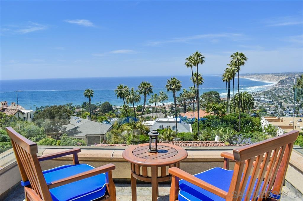Photo of 7505 Hillside Dr, La Jolla, CA 92037