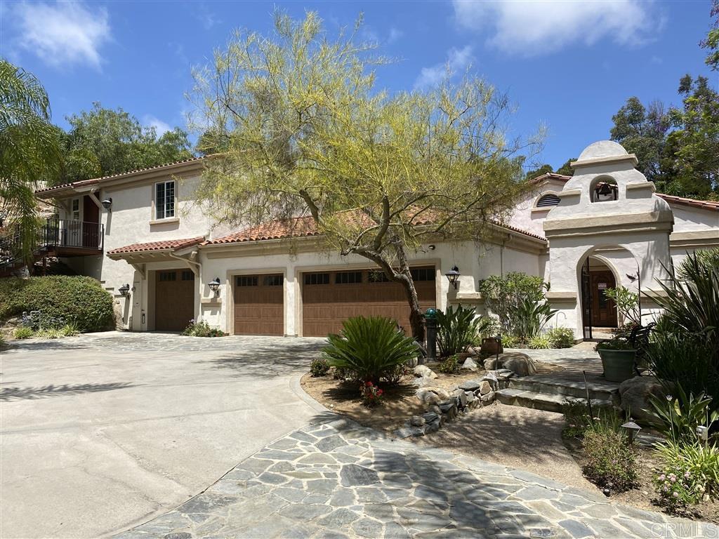 657 Rolling Hills Road, Vista, CA 92081