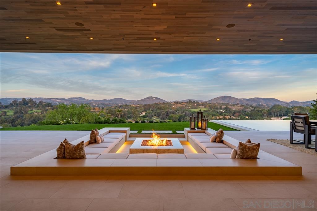 5516 La Crescenta, Rancho Santa Fe, CA 92067