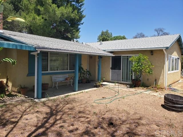 8560 1/2 Winter Gardens Blvd, Lakeside, CA 92040