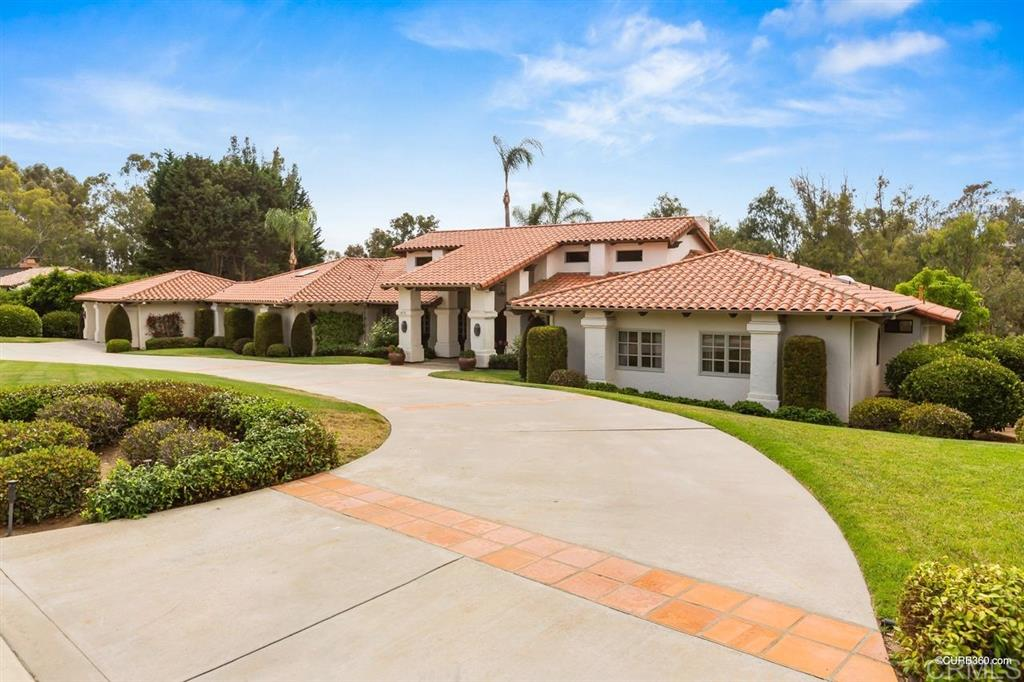 16576 Via Lago Azul, Rancho Santa Fe, CA 92067