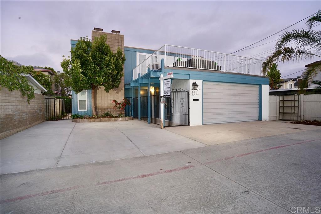 235-235A El Chico, Coronado, CA 92118