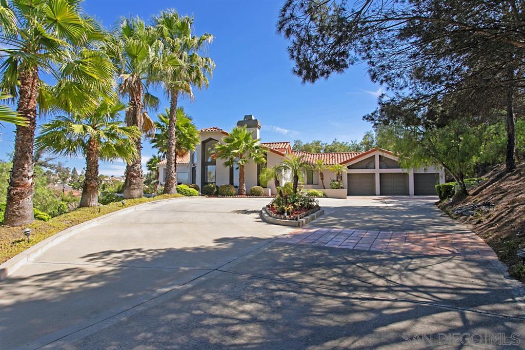 18526 Aceituno St San Diego, CA 92128