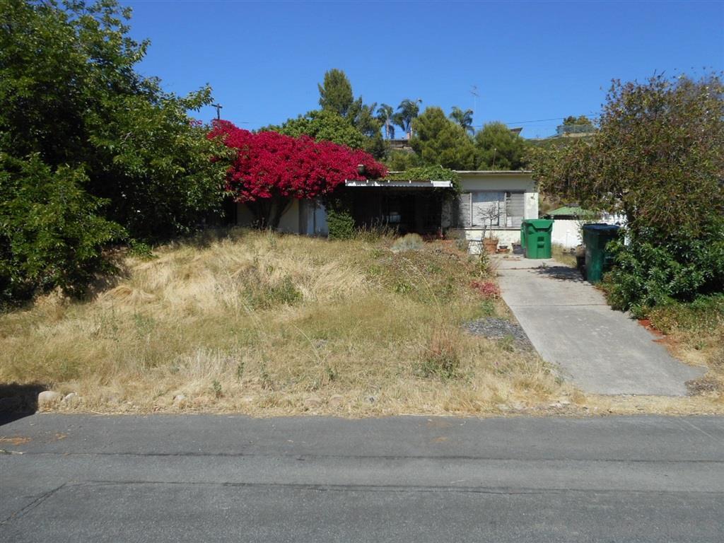 445 Silvery Ln, El Cajon, CA 92020