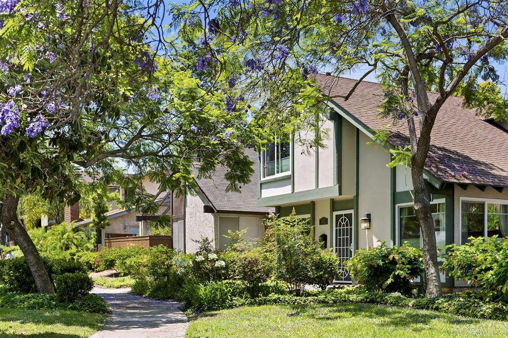 10673 Escobar Dr, San Diego, CA 92124