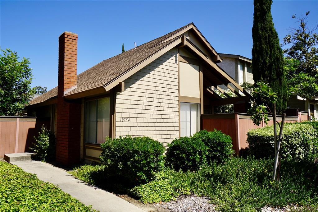 10754 Cariuto Court, San Diego, CA 92124