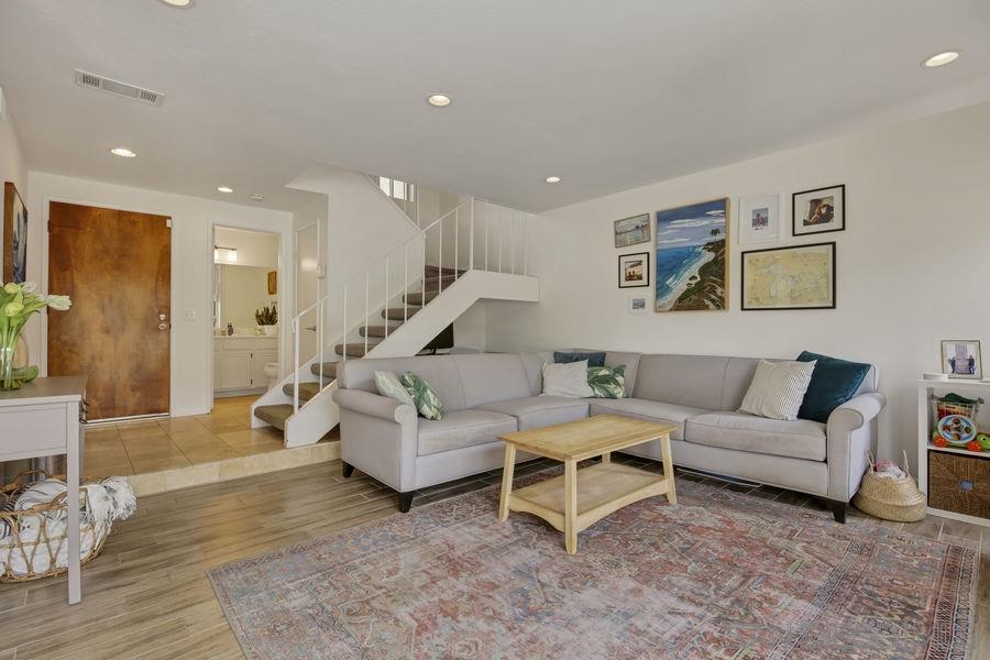 1758 Edgefield Lane, Encinitas, CA 92024