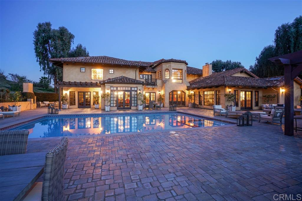 18220 Via de Fortuna, Rancho Santa Fe, CA 92067