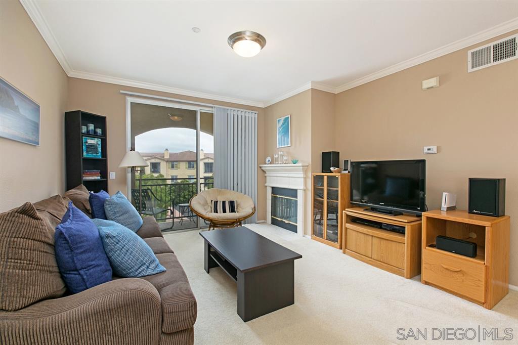 , San Diego, CA 92130