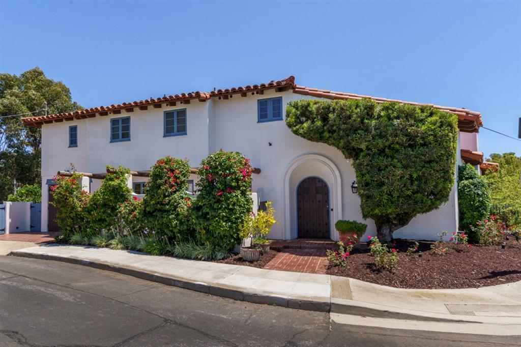 2705 Barnson Pl, San Diego, CA 92103