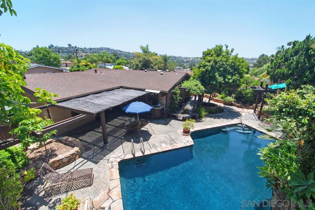 4648 Denwood Rd., La Mesa, CA 91942