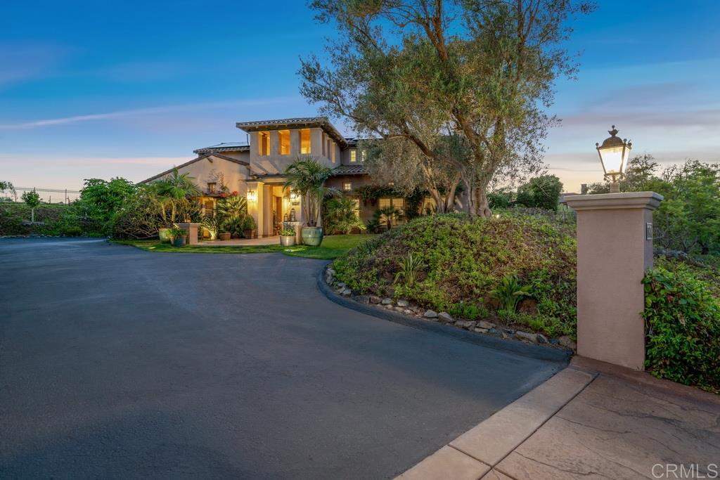 17870 Camino De La Mitra, Rancho Santa Fe, CA 92067