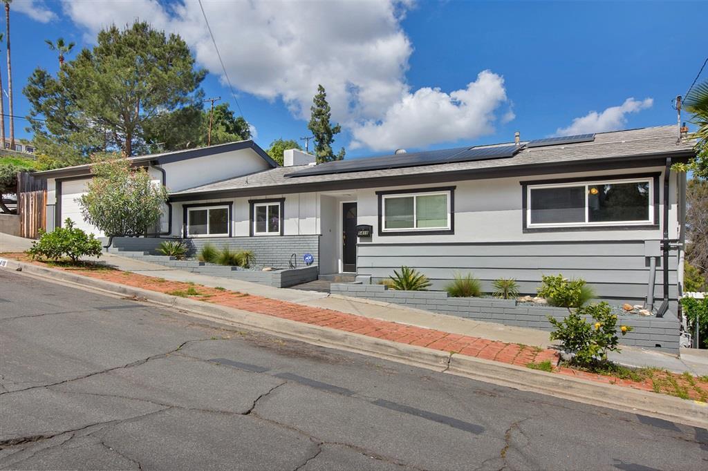 5418 Hewlett Drive, San Diego, CA 92115