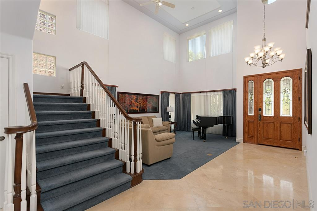 10351 Rue Finisterre, San Diego, CA 92131