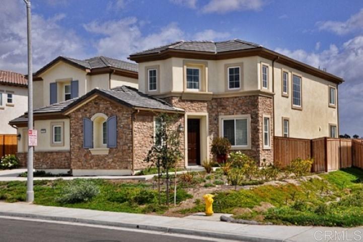 1050 Village Dr, Oceanside, CA 92057