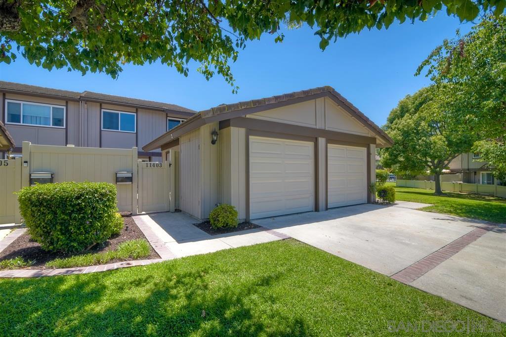 11403 Matinal Cr, San Diego CA 92127