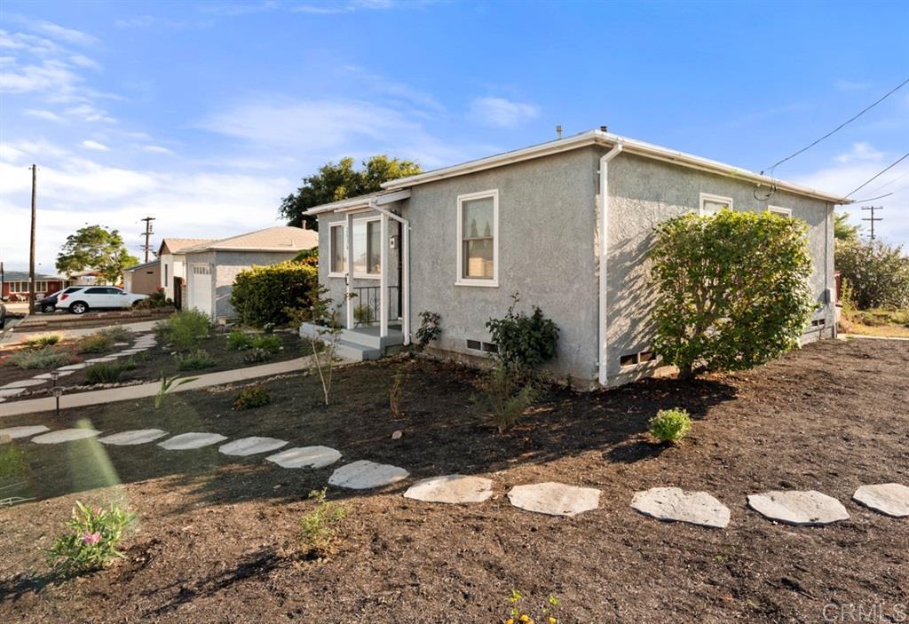 2036 Muscat St, San Diego CA 92105