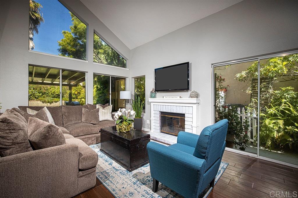 10575 Lansford Lane, San Diego, CA 92126
