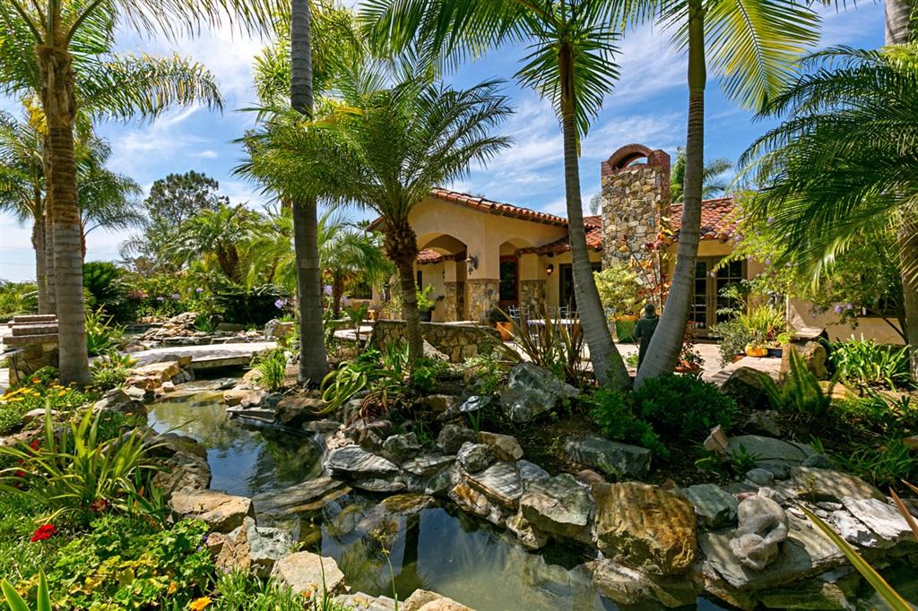 18351 Via de Las Flores, Rancho Sante Fe, CA 92067