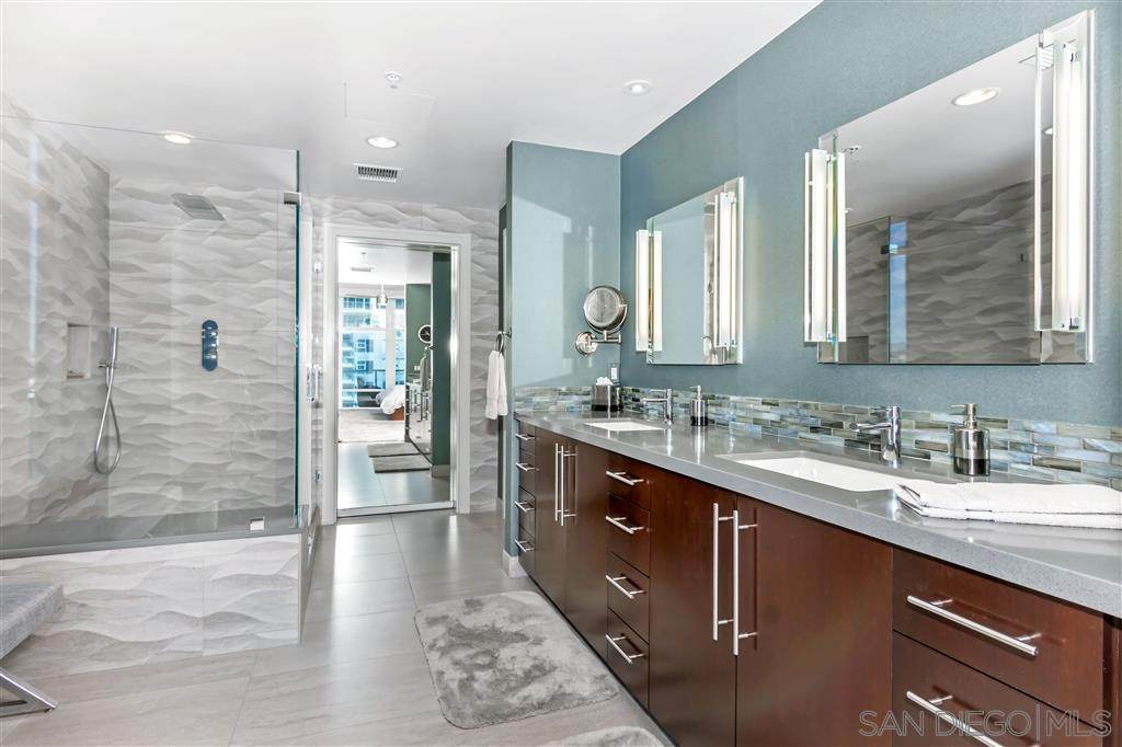 MLS 200009825 San Diego Penthouse for sale