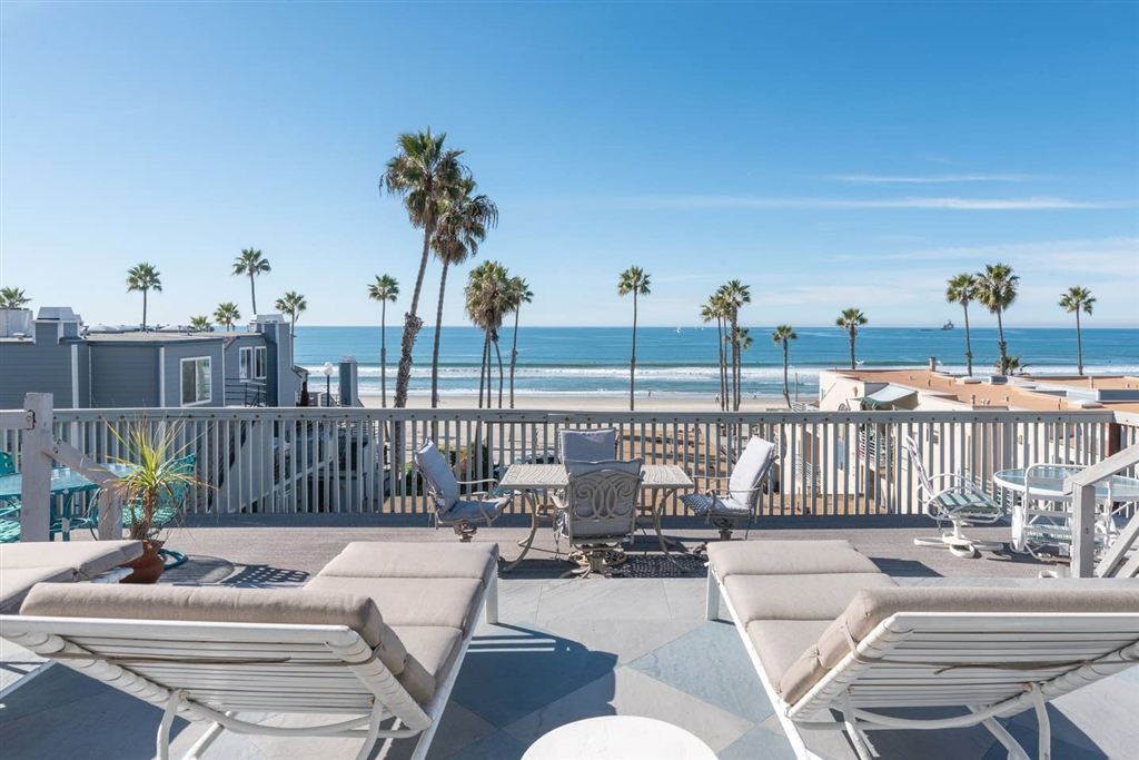 815 N Pacific, Oceanside, CA 92054