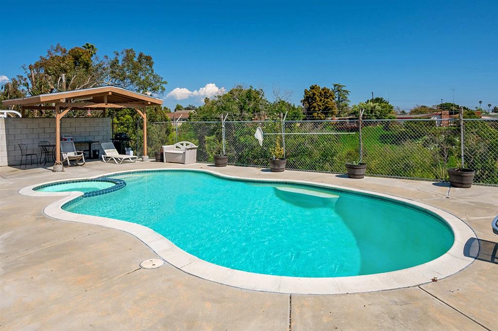 4225 Mount Voss Dr, San Diego, CA 92117