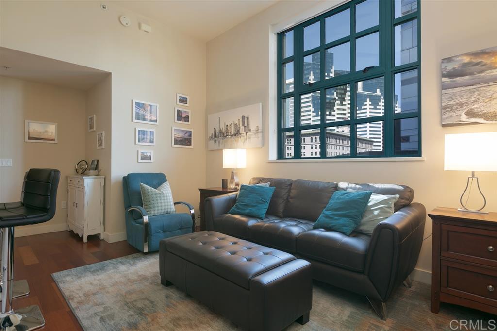Property in 700 W E St, San Diego