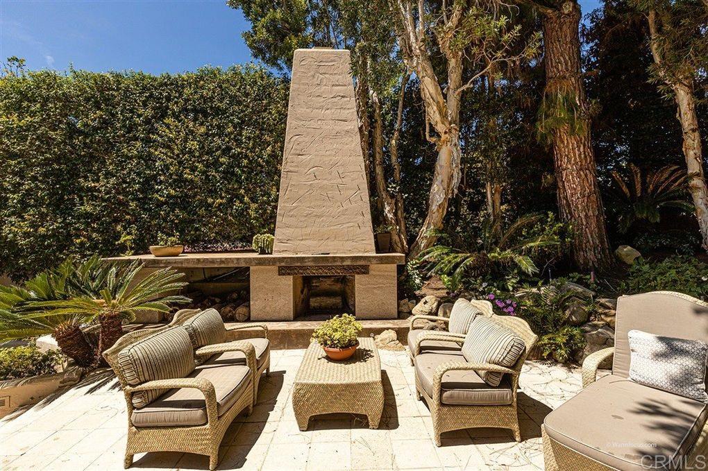 1419 Inspiration Dr. La Jolla, CA 92037