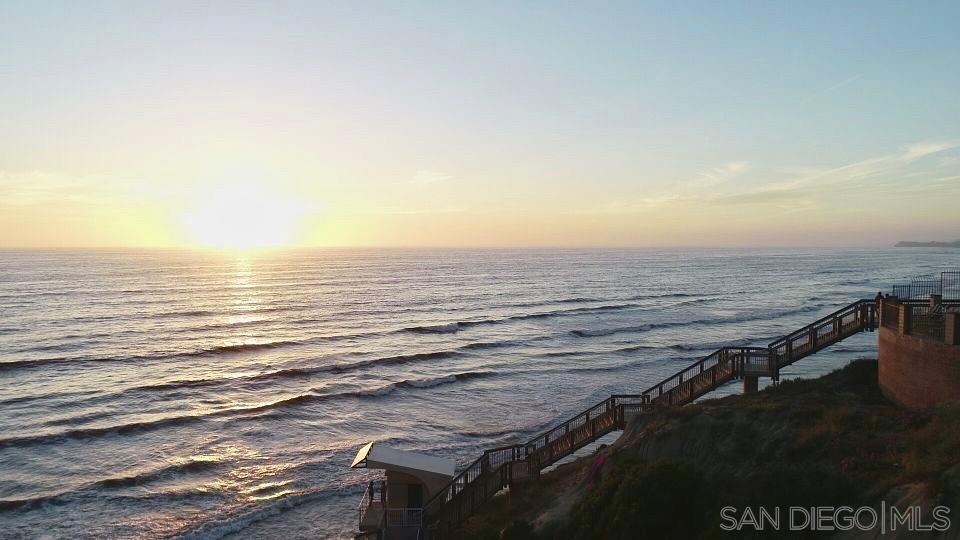 190 Del Mar Shores Ter Unit 12, Solana Beach, CA 92075