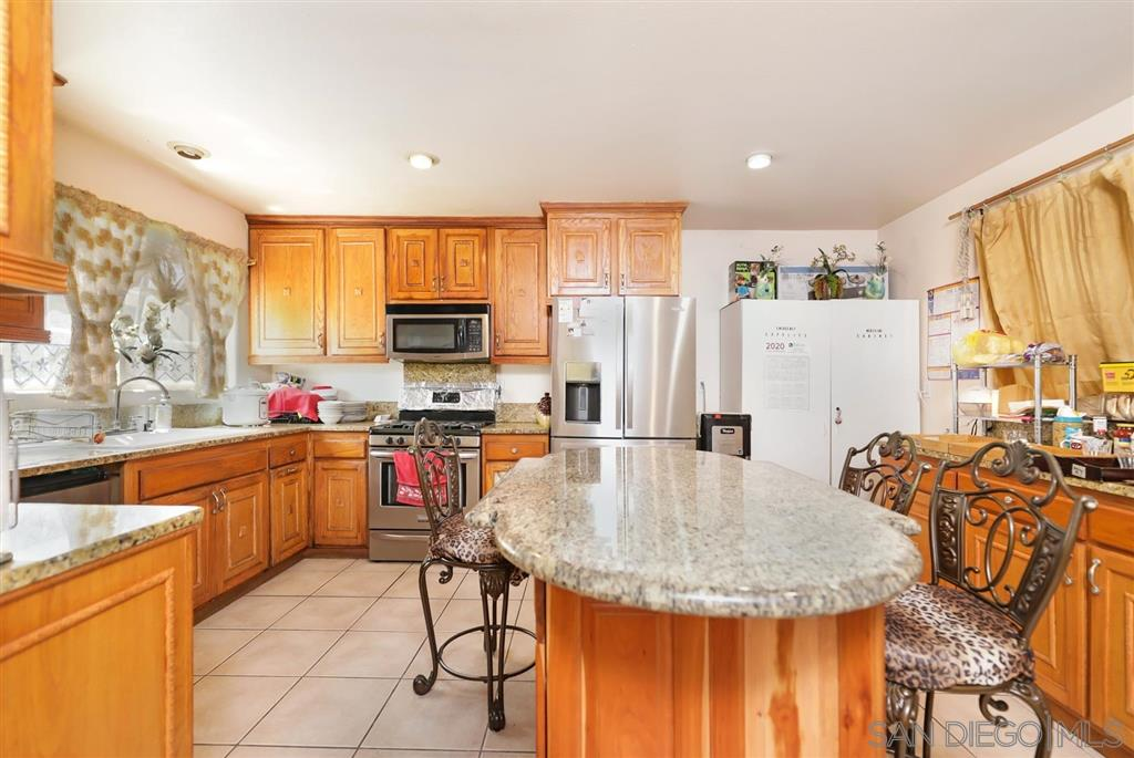 344 E 27th St, National City, CA 91950