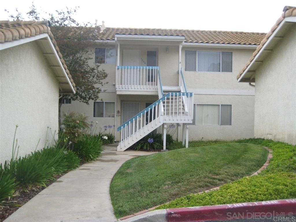 1306 Palomar Pl 15, Vista, CA 92084