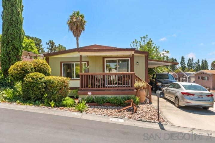 2130 Sunset Drive UNIT 20 Vista, CA 92081