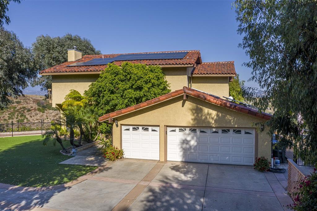 5299 Olive Hill Rd, Fallbrook, CA 92028