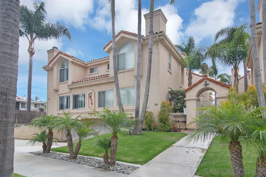 919 Agate 4, San Diego, CA 92109