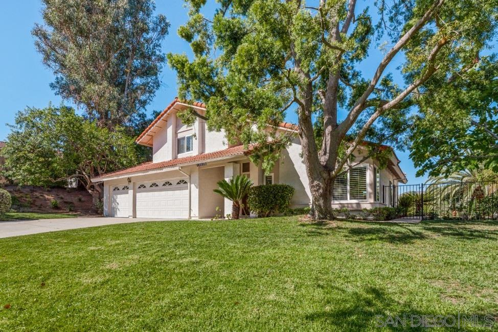 14048 Old Station Rd, Poway, CA 92064
