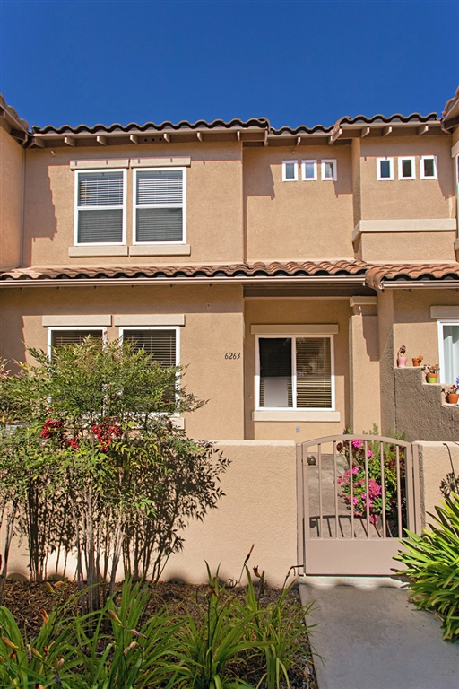 6263 Citracado, Carlsbad CA 92009