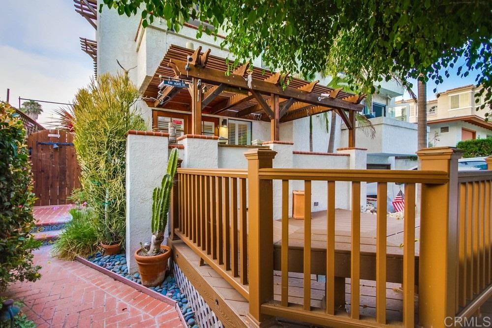 830 Agate Street, San Diego, CA 92109