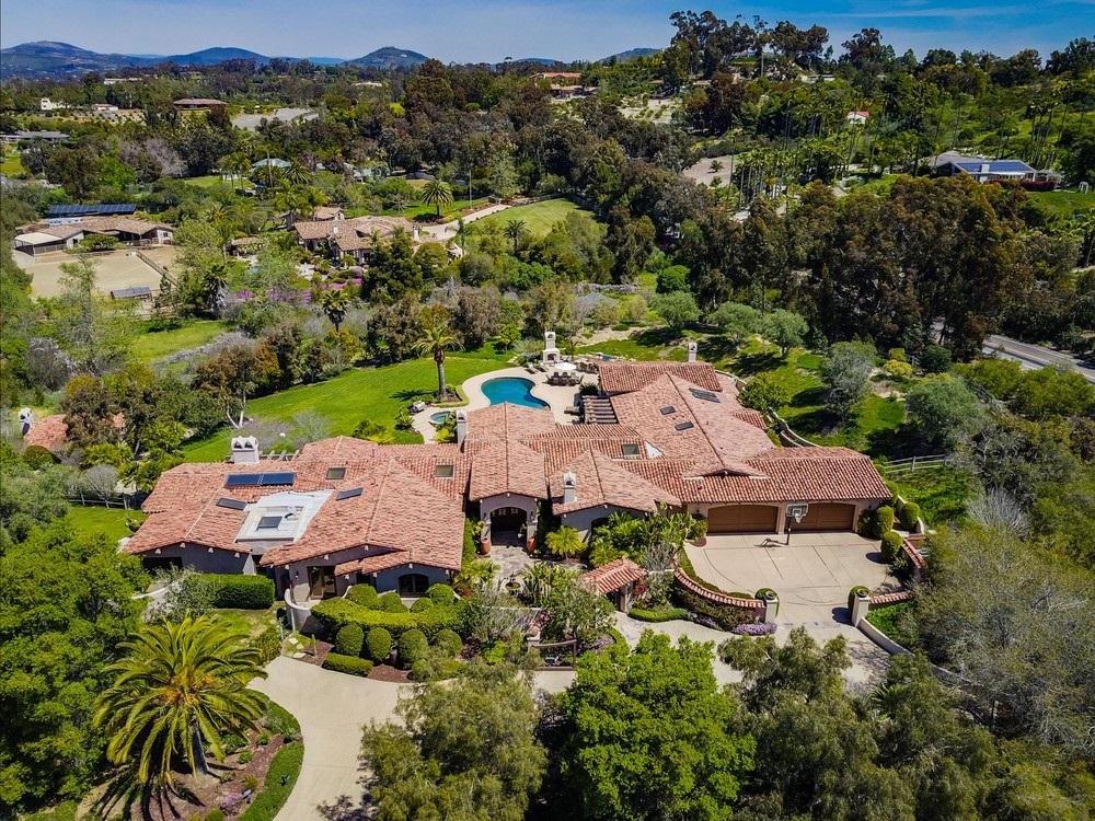 17555 Ranchito Del Rio, Rancho Santa Fe, CA 92067