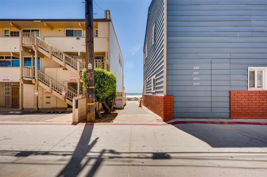 720 Redondo Ct San Diego, CA 92109