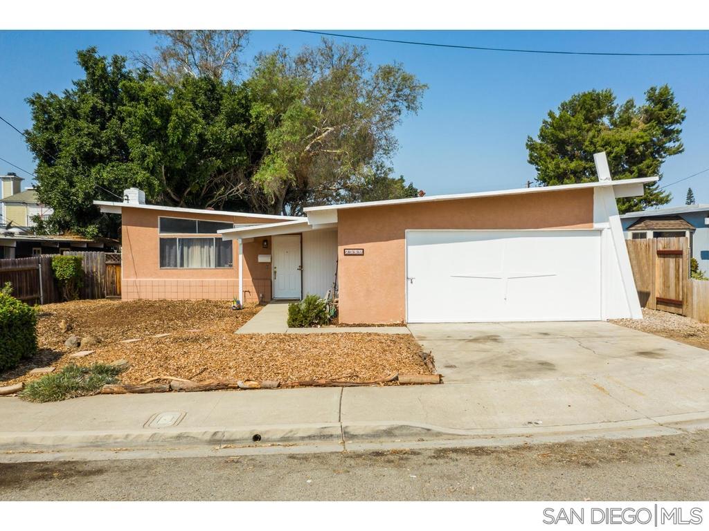 2560 Cinderella Way, Lemon Grove, CA 91945