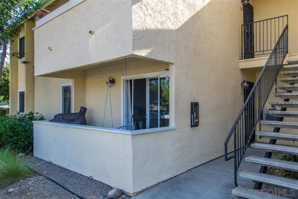 9929 Erma Rd 104, San Diego, CA 92131