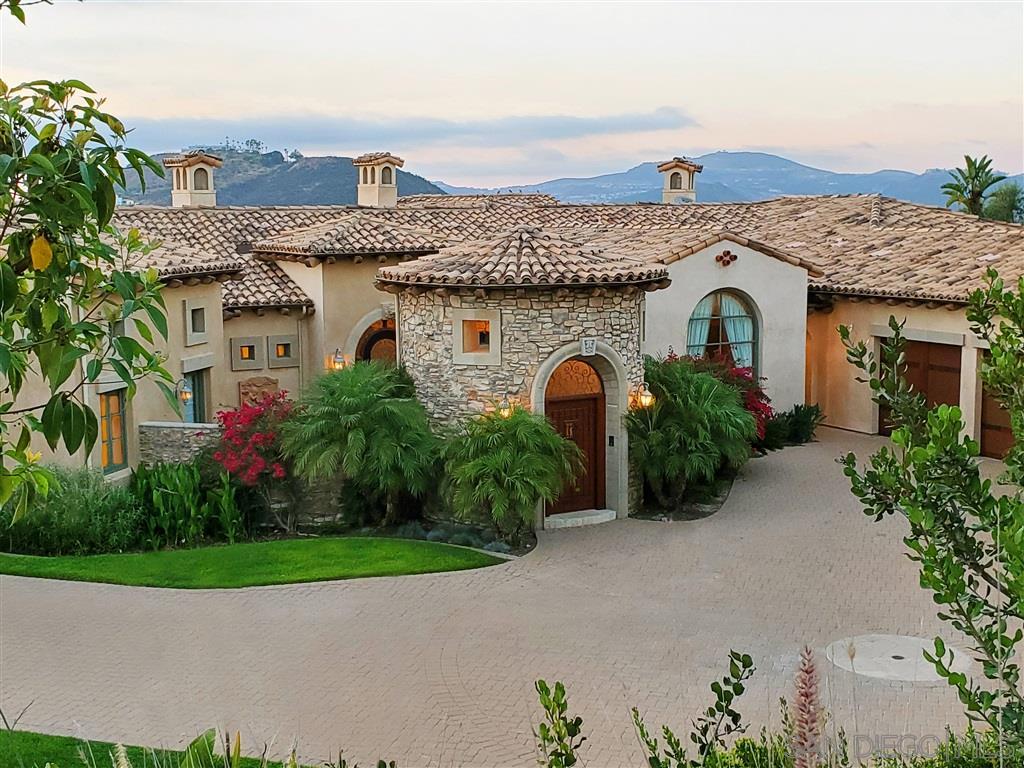 7732 Camino de Arriba, Rancho Santa Fe, CA 92067