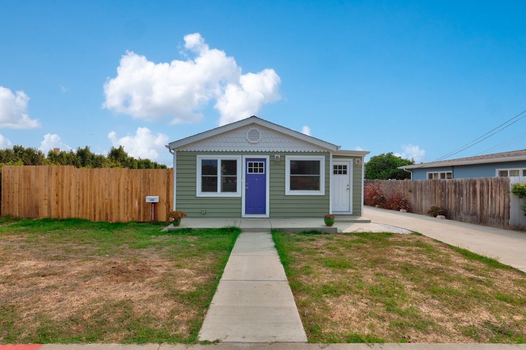 1380 Knoxville St, San Diego, CA 92110