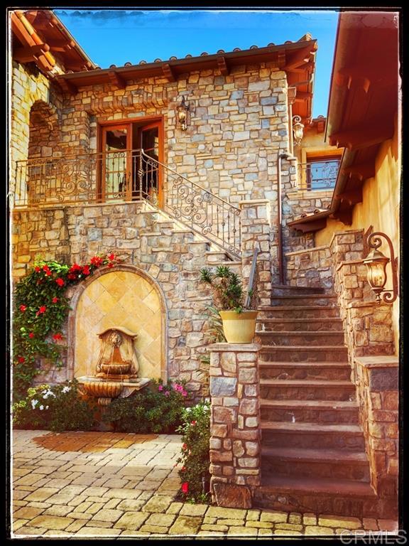 18439 Via Candela, Rancho Santa Fe, CA 92091