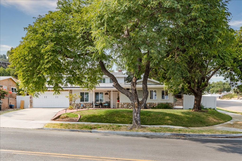 1374 Darby St, Spring Valley, CA 91977