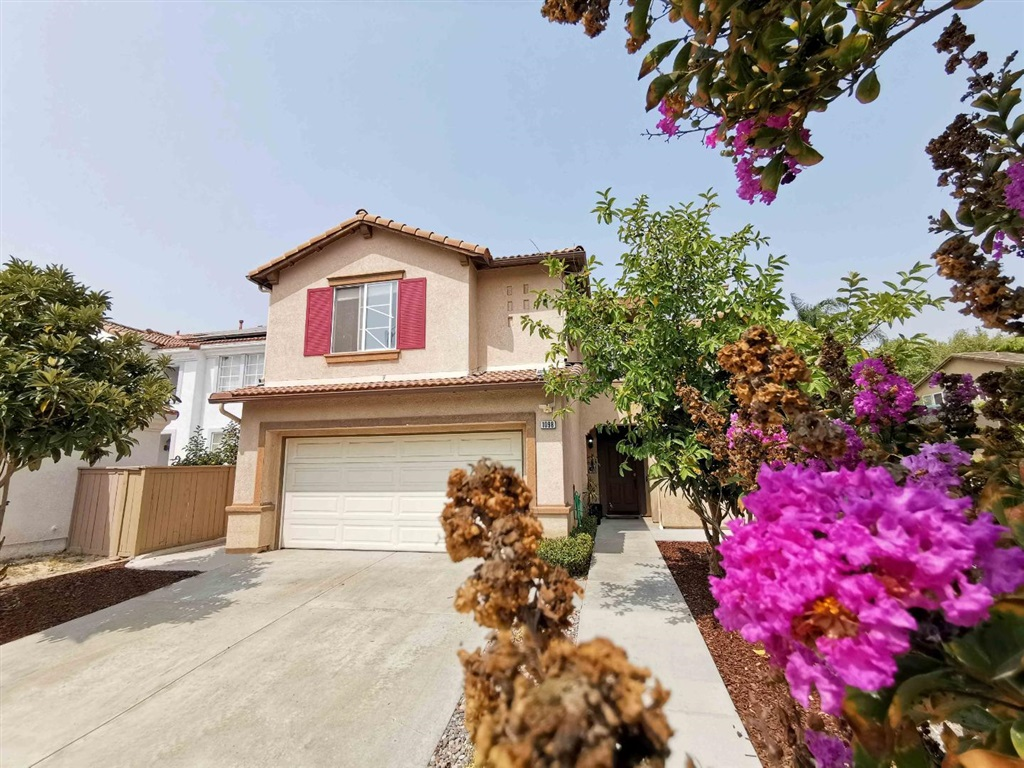 1098 Morgan Hill Dr, Chula Vista, CA 91913