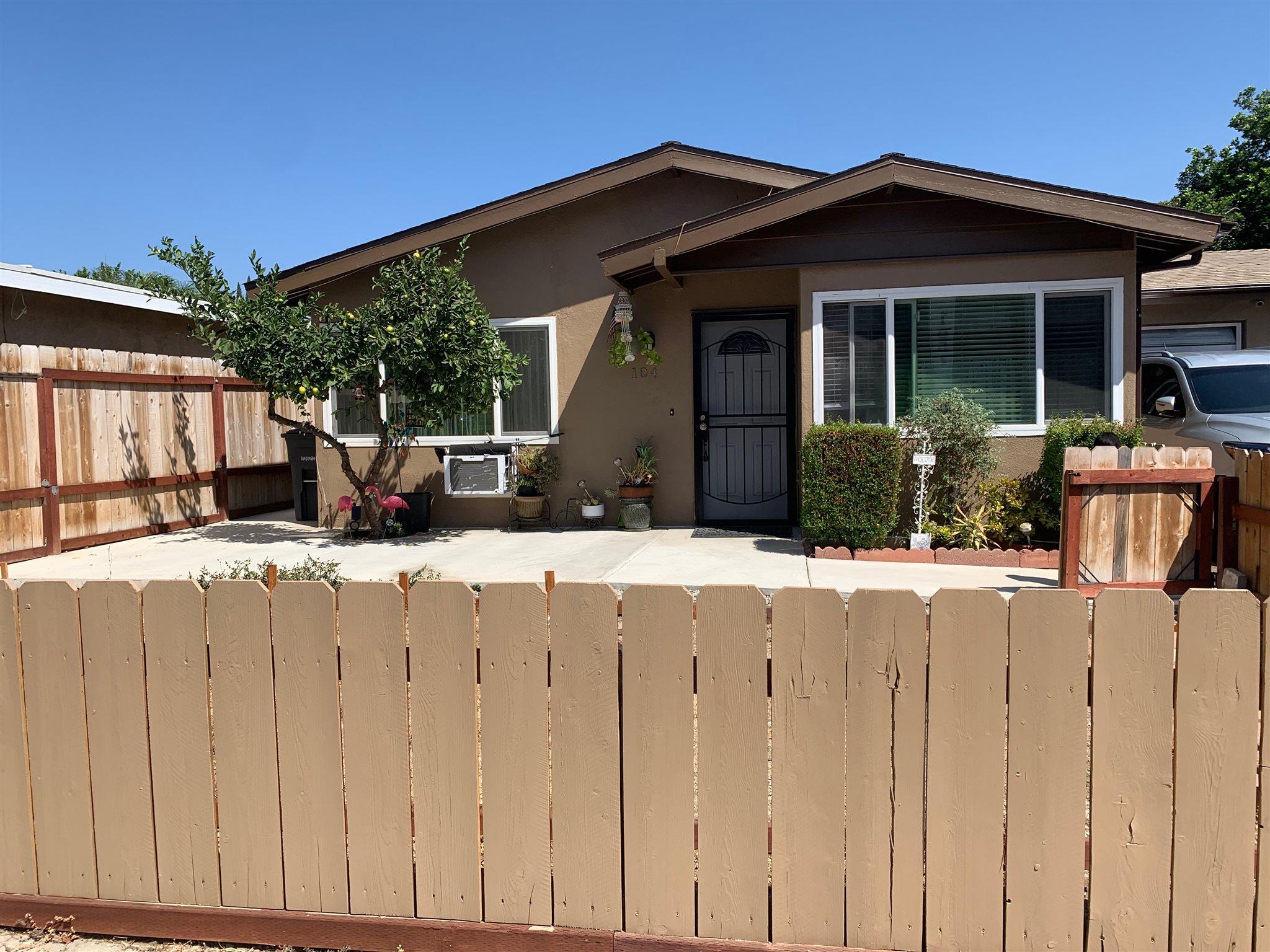 104 N Rose St., Escondido, CA 92027