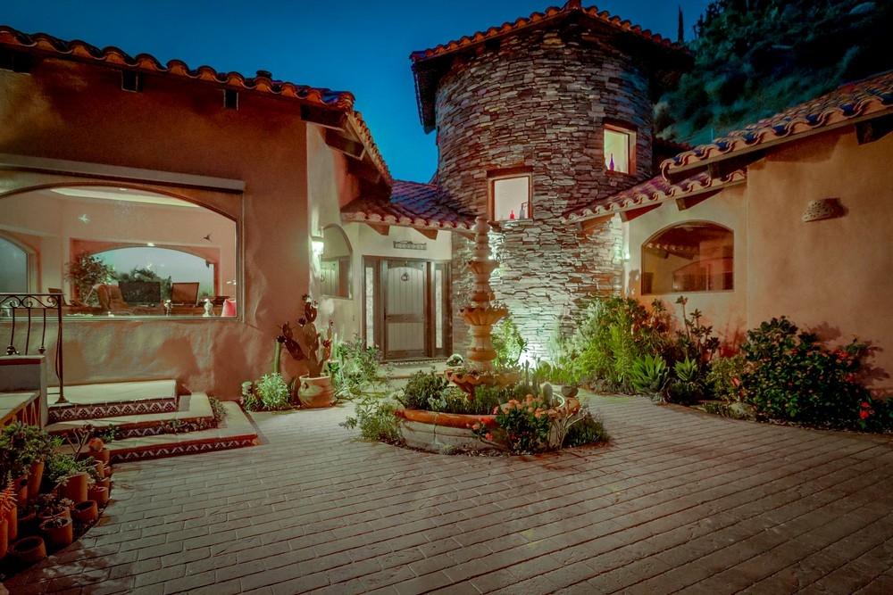 10034 Heavenly Way, La Mesa, CA 91941